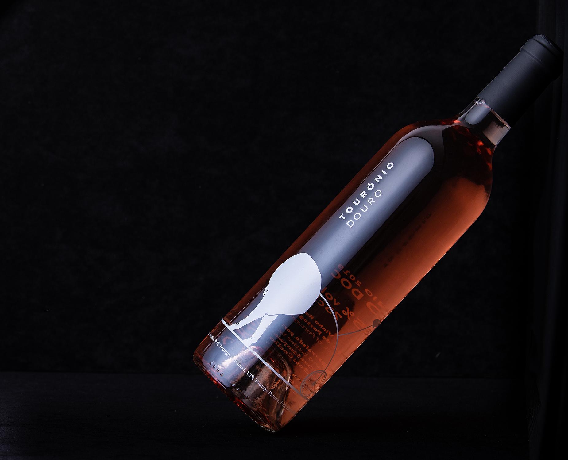 quinta de tourais, Douro fotografia, quintas, garrafas, fotografia de garrafas no douro, paisagem, fotografia de produto, doc douro, vinhos doc, vinho branco, vinho tinto, tourónio douro, lili pop 40